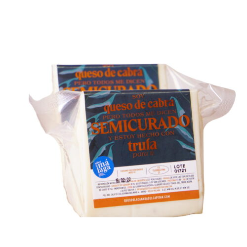 Cuña queso de cabra semicurado con trufa Málaga Gourmet Experience